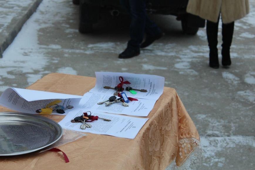 Перед Новым годом 4 крымско-татарские семьи получили от властей Крыма новые квартиры (ФОТО) (фото) - фото 3