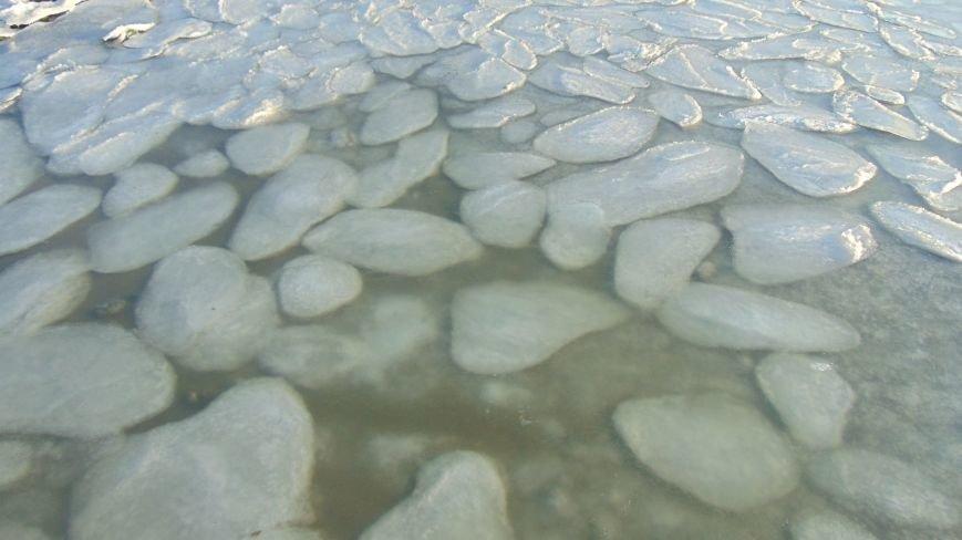 Новогодний мороз сковал льдом море в Мариуполе (ФОТОФАКТ) (фото) - фото 1
