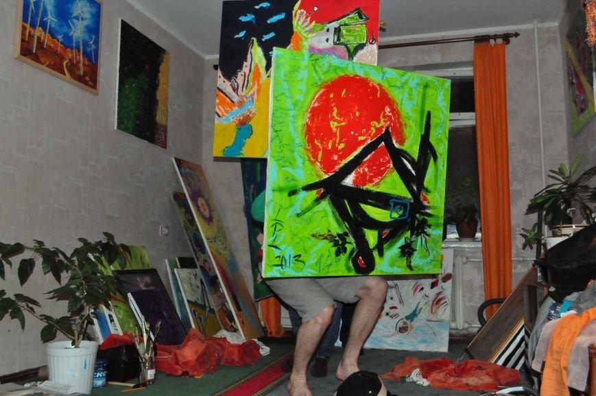 В Кременчуге на выставке покажут современную живопись, игру на саксофоне и йогу (фото) - фото 1