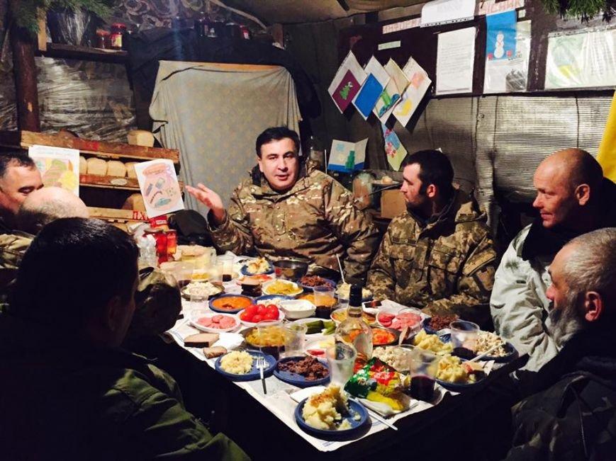 Одесский губернатор Саакашвили встретил Новый год в АТО (ФОТО), фото-3