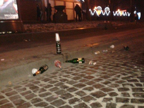 Як львів'яни відзначали Новий Рік біля головної ялинки Львова (ФОТО+ВІДЕО), фото-5
