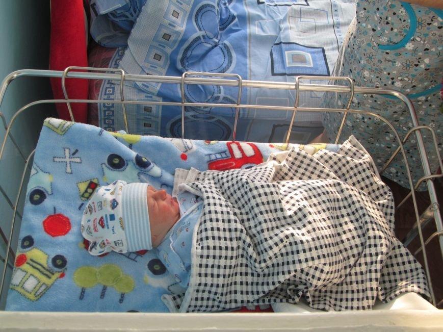 В первый день 2016 года в Кременчуге родились пятеро малышей - 4 мальчика и 1 девочка (ФОТО), фото-1