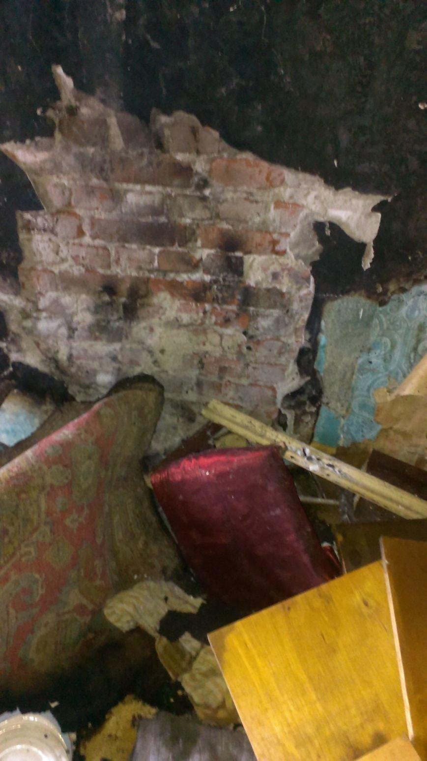 В Днепродзержинске 1 января 2 человека пострадало на пожаре (фото) - фото 3