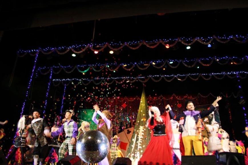 На благотворительных утренниках в ДК повеселятся 5 000 детей-льготников (фото и видео), фото-3