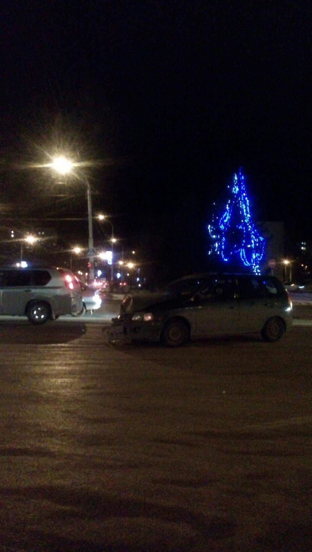 ДТП в Балаково: взгляд наших читателей (ФОТО) (фото) - фото 1