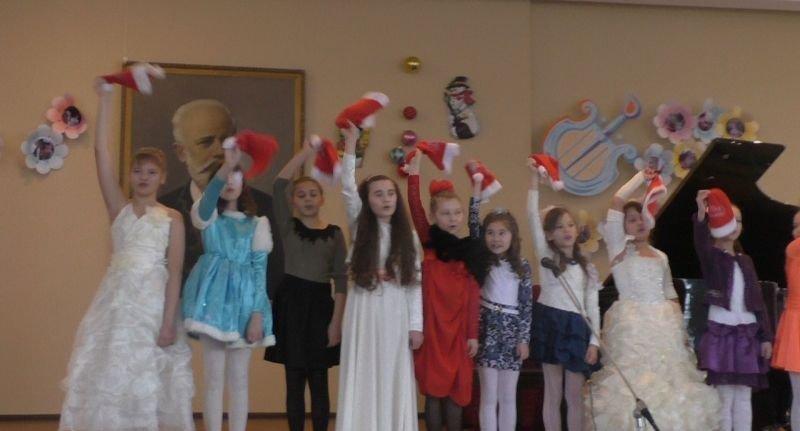 Новогодние праздники в школе искусств имени П. И. Чайковского (фото) - фото 3