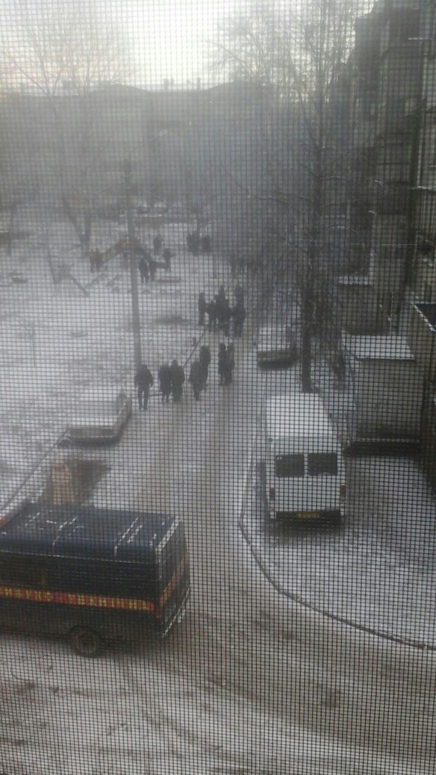 В Днепродзержинске заминировали жилой дом (Дополнено) (фото) - фото 1