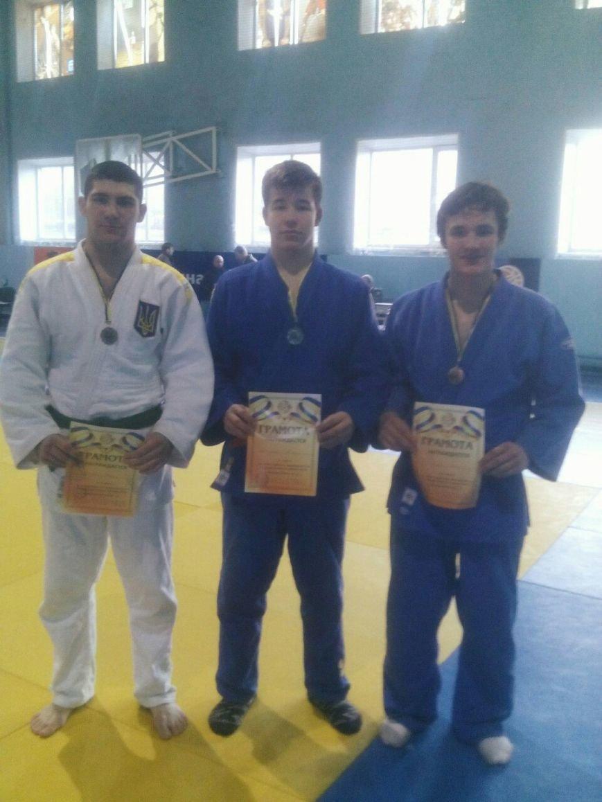 Днепродзержинские дзюдоисты завоевали 3 медали на Всеукраинском турнире памяти Александра Филипповского (фото) - фото 3