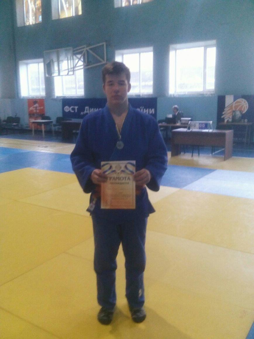 Днепродзержинские дзюдоисты завоевали 3 медали на Всеукраинском турнире памяти Александра Филипповского (фото) - фото 2