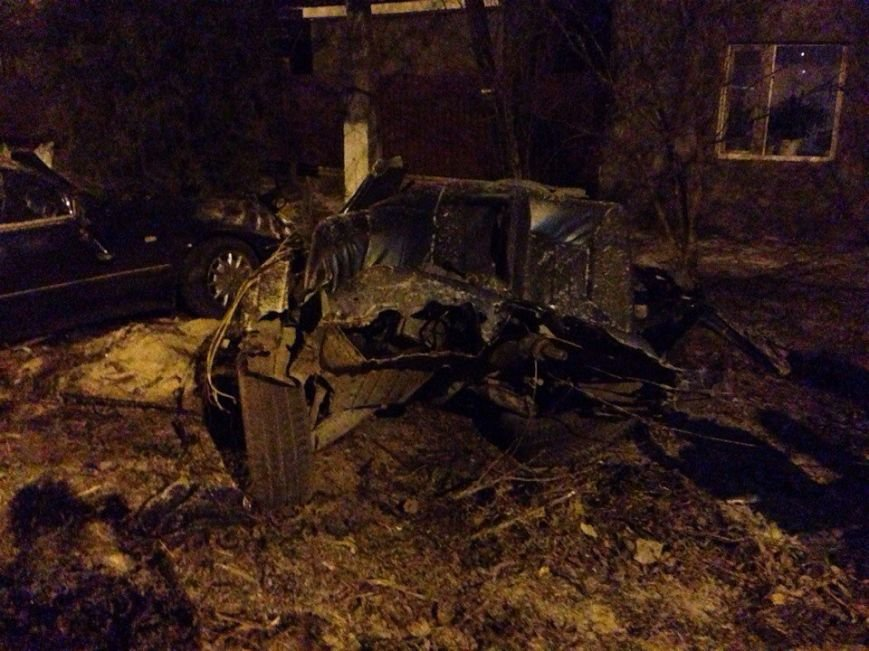 В страшной аварии в Одесской области машину разорвало на части, а водителя даже не зацепило (ФОТО) (фото) - фото 1
