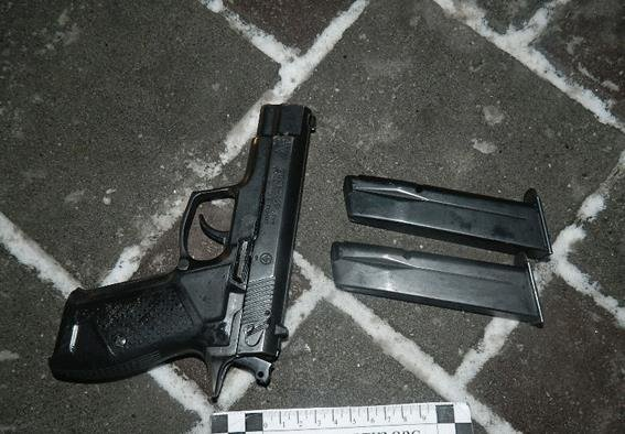 В Киеве пьяный мужчина напал на полицейского (ФОТО) (фото) - фото 2