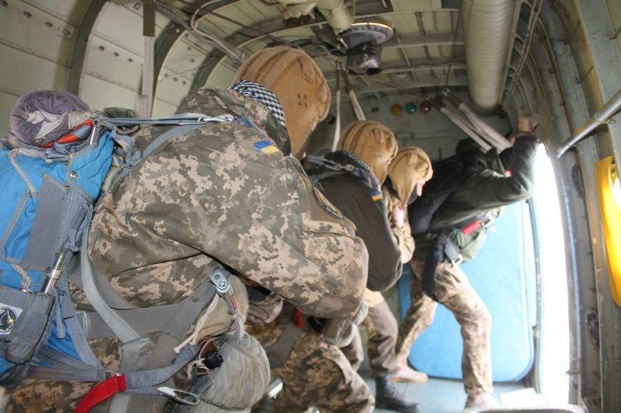 Николаевских морпехов посвятили в парашютисты (ФОТО) (фото) - фото 4