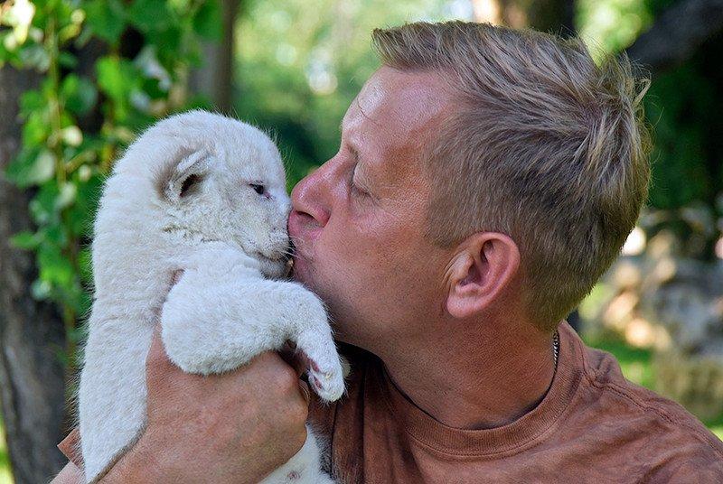 Крымчане попали в ТОП-24 самых впечатляющих фото поцелуев 2015 года (ФОТО), фото-1