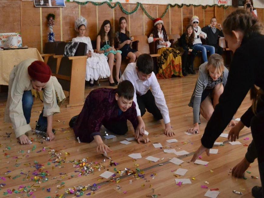 """Эксперименты на детях: много крика не бывает. В Алупке провели """"битву новогодних волшебников"""", фото-11"""