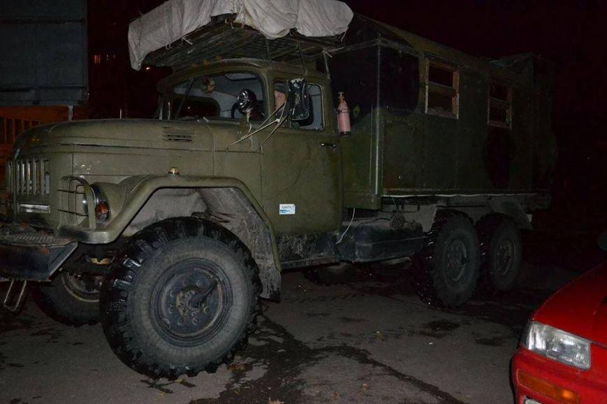 На период снегопадов активисты патрулируют Одессу на вездеходе (ФОТО) (фото) - фото 1