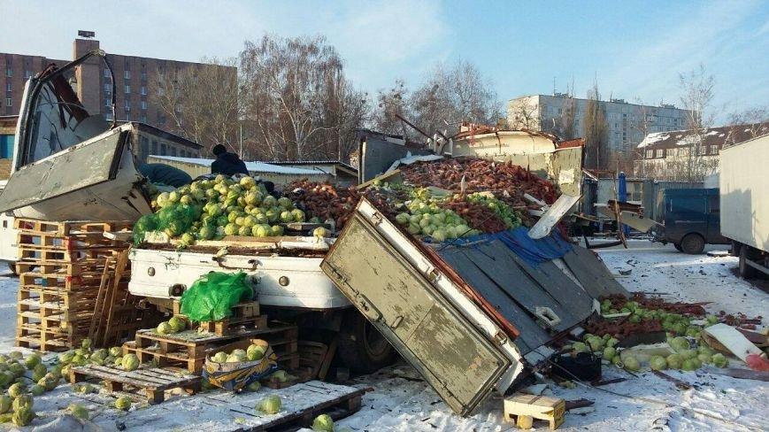 На Центральном рынке взорвался газовый баллон: есть пострадавшие (ФОТО), фото-2