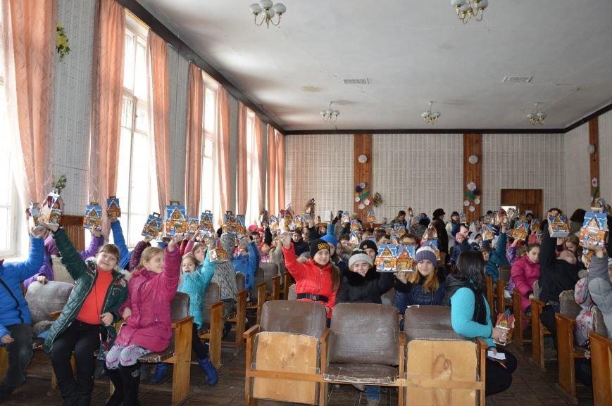Авдеевские школьники получили сладкие подарки к Рождеству (ФОТО), фото-4