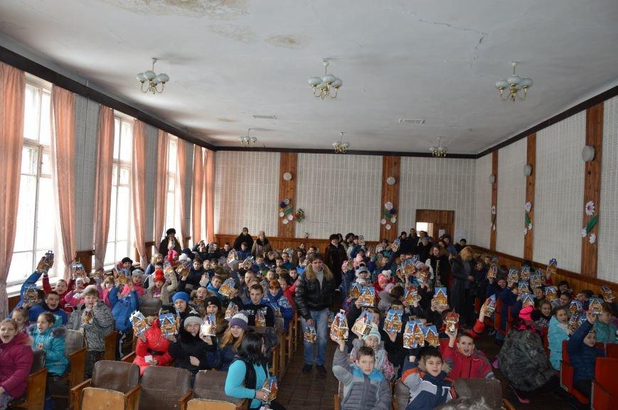 Авдеевские школьники получили сладкие подарки к Рождеству (ФОТО), фото-5
