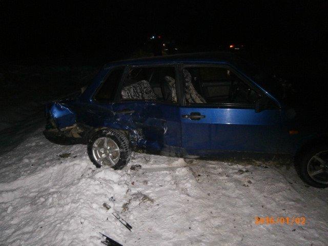 Место наибольшего повреждения авто. ВАЗ-21099. 02.01.16