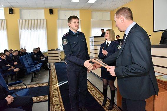 Областная полиция Донетчины в 2015 году завершила 38 тысяч уголовных производств (фото) - фото 1