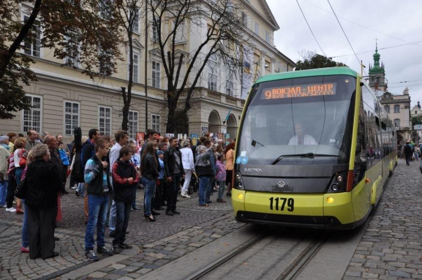 Як змінилася транспортна галузь Львова: огляд у фотографіях (фото) - фото 4