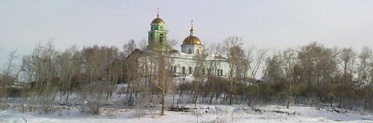 храм с пруда