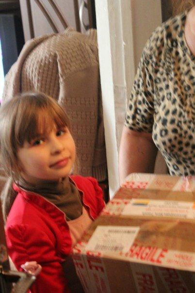 Молодежь Димитрова передала детишкам новогодние и рождественские подарки от УГКЦ Ирландии (фото) - фото 3