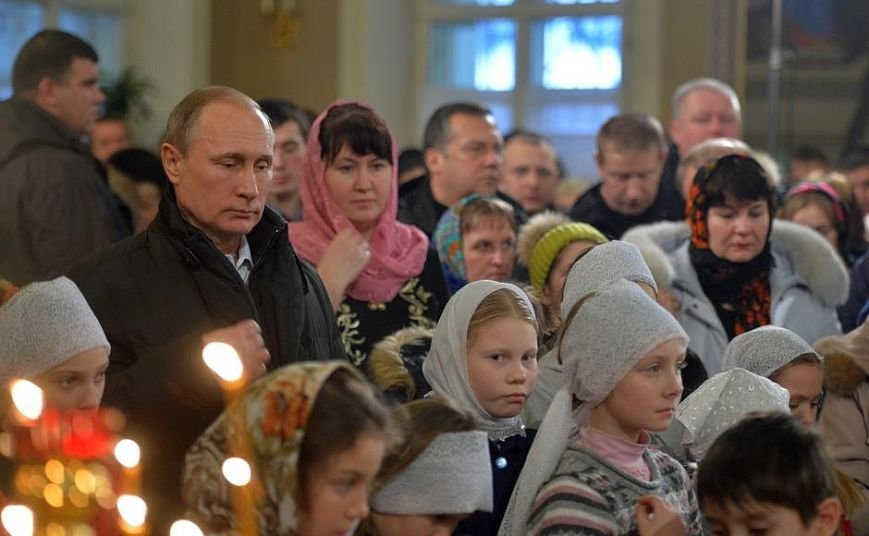 Путин поздравил православных россиян с Рождеством: