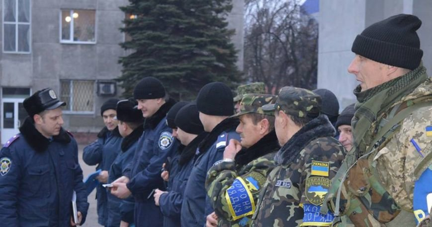 Правоохранители Красноармейска усиленно охраняют покой горожан во время рождественских праздников, фото-2