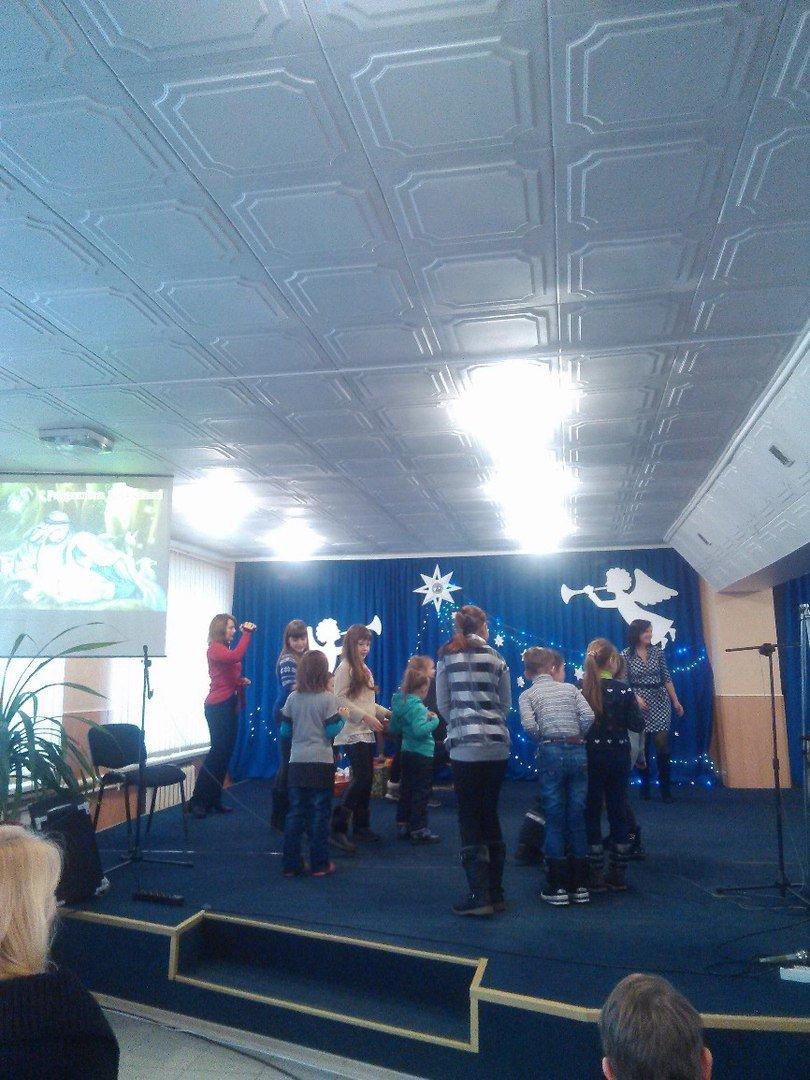 В Родинском детей-переселенцев поздравили с Рождеством Христовым, фото-3
