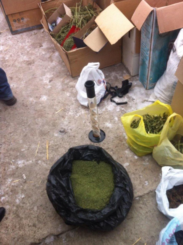 Днепропетровские СБУшники поймали на Рождество крупных наркоторговцев (ФОТО) (фото) - фото 2