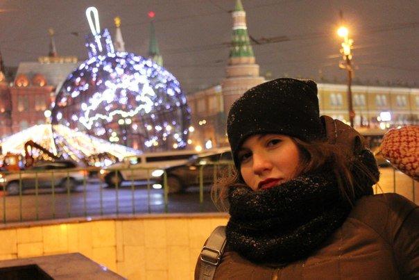 «…Четное количество обнимешь  - будешь в паре…» или,  Как гадали в рождественскую ночь новополочанки (фото) - фото 3