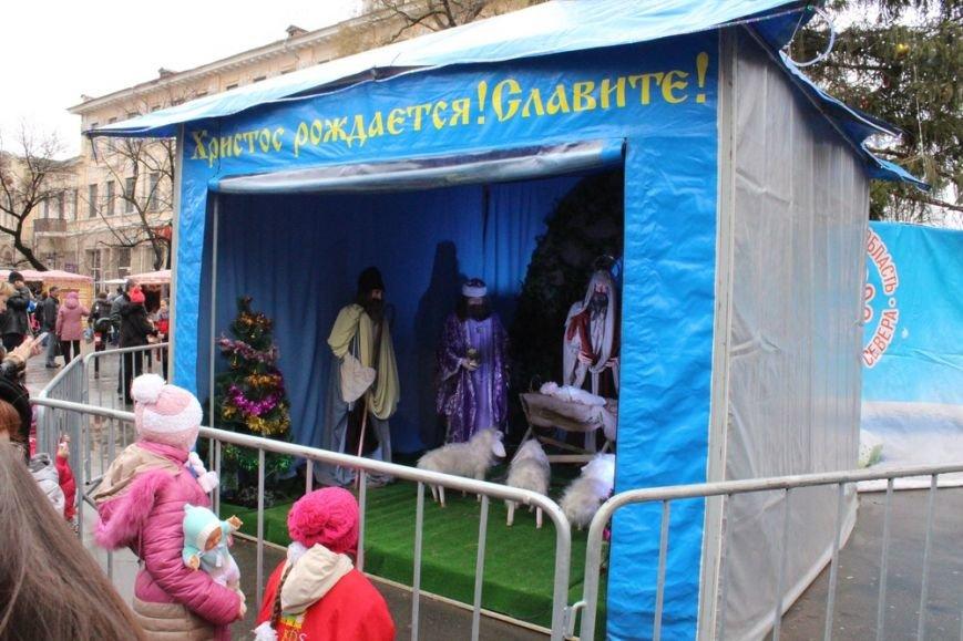 В центре Симферополя открылся рождественский вертеп (ФОТО) (фото) - фото 9