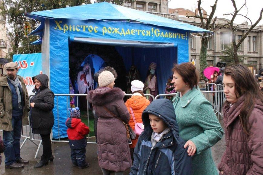 В центре Симферополя открылся рождественский вертеп (ФОТО) (фото) - фото 10