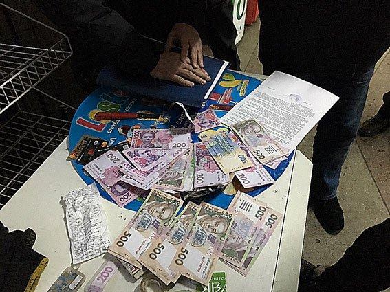 В Днепропетровске задержана группа фальшивомонетчиков (фото) - фото 2
