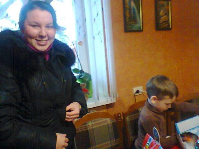 Волонтеры Бердянска не забыли о детях воинов АТО (фото) - фото 2