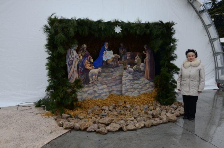 В Ялте начались четырехдневные Рождественские гуляния (ФОТО), фото-5