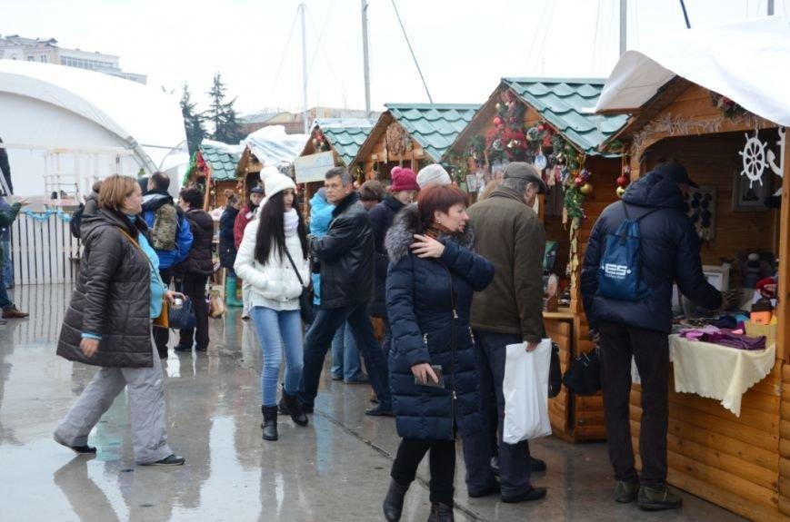 В Ялте начались четырехдневные Рождественские гуляния (ФОТО), фото-8