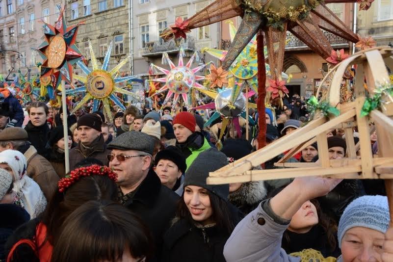 Центром Львова пройшла хода звіздарів (ФОТОРЕПОРТАЖ), фото-2