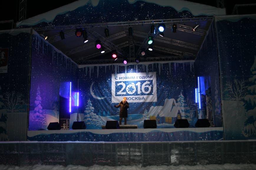 В новой Москве в Троицке на Рождество жителей города поздравили артисты столицы (ФОТО), фото-6