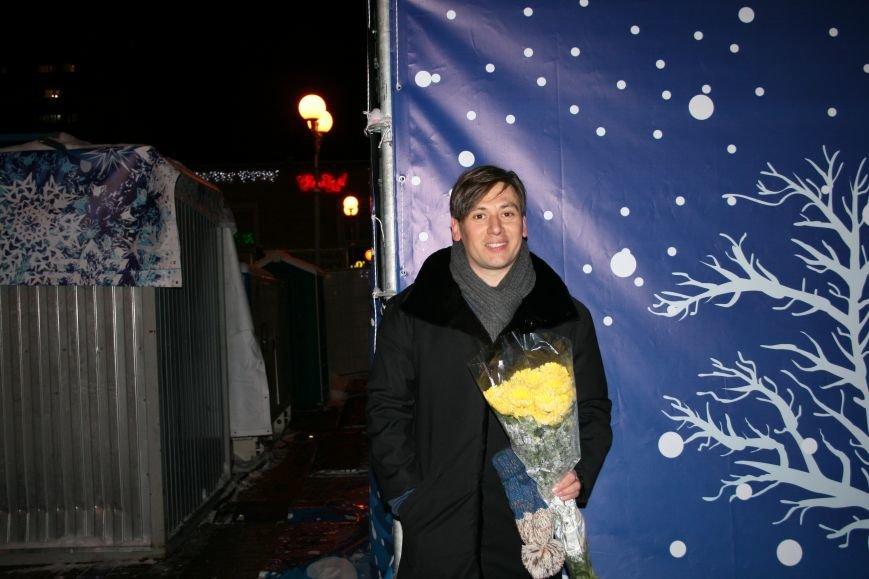 В новой Москве в Троицке на Рождество жителей города поздравили артисты столицы (ФОТО), фото-1