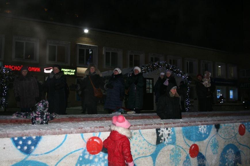 В новой Москве в Троицке на Рождество жителей города поздравили артисты столицы (ФОТО), фото-5