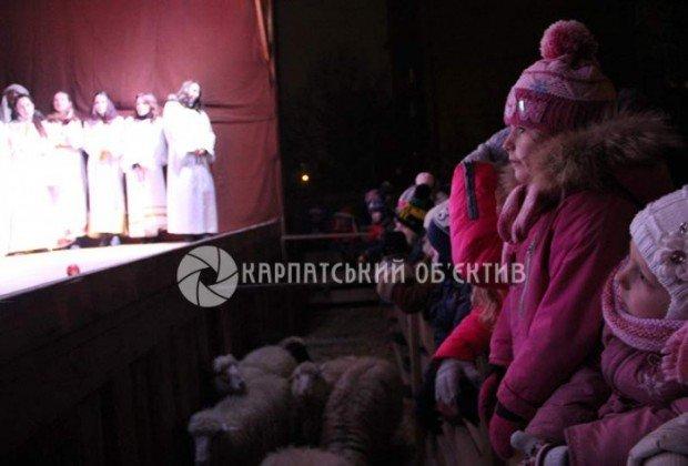 В Ужгороді вдруге пройшов живий вертеп (ФОТО) (фото) - фото 2
