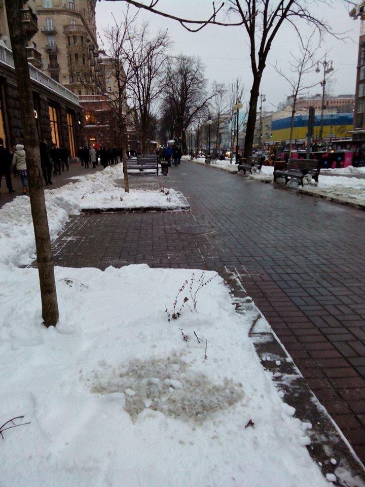 Крещатик полностью очистили от снега (ФОТОФАКТ), фото-2