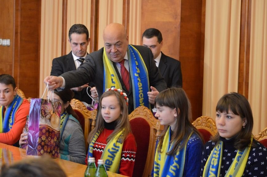 """""""Діти, що повертаються від нас, переконують своїх батьків, що Україна – це єдина країна"""", фото-1"""