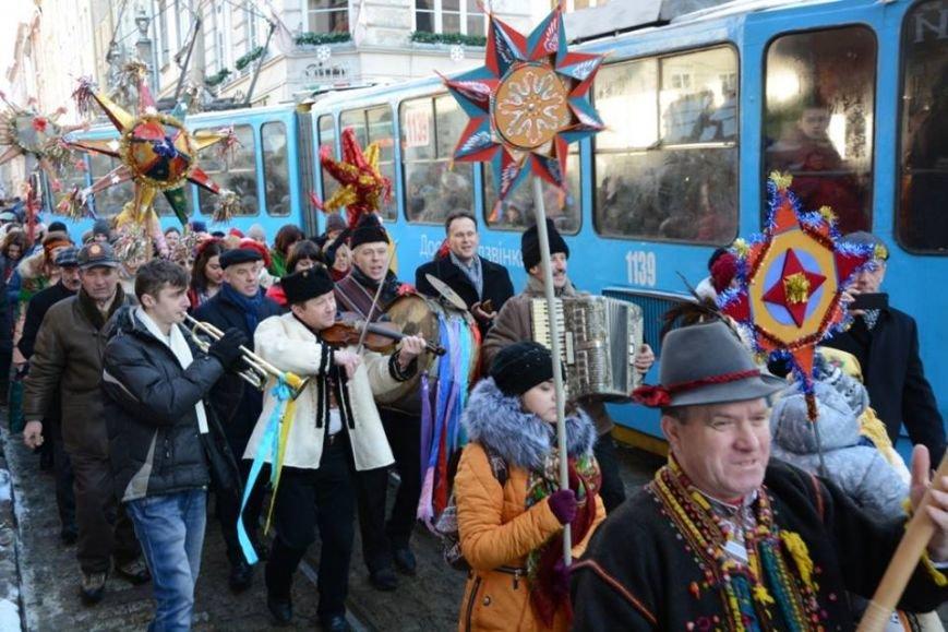 Різдво у Львові: як українці відзначали різдвяні свята у нашому місті (ФОТОРЕПОРТАЖ) (фото) - фото 7