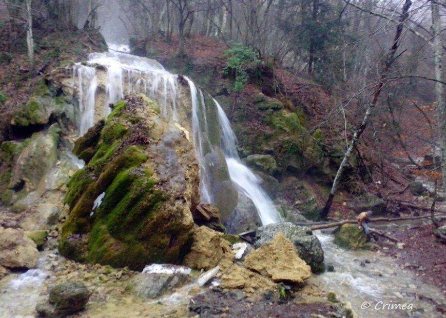 В соцсетях крымчане сообщают об обрушении одного из красивейших водопадов Крыма (ФОТО), фото-5