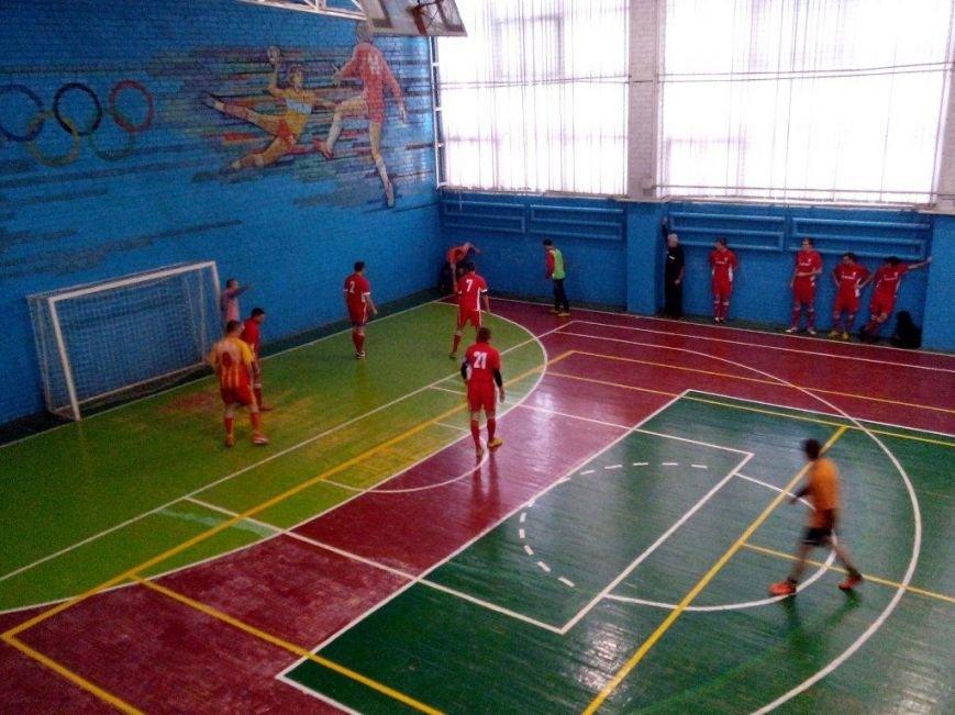 Авдеевский «Коксохимик» отыграл 6 игр в региональной и 5 игр в первой лигах по мини футболу (ФОТО), фото-3