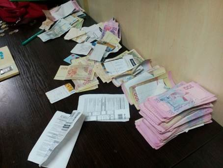 На КПВВ «Зайцево» продолжают задерживать незаконные грузы (фото) - фото 1