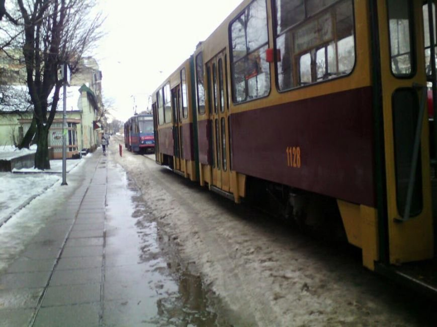 У Львові паралізовано рух трамваїв (ФОТО), фото-1